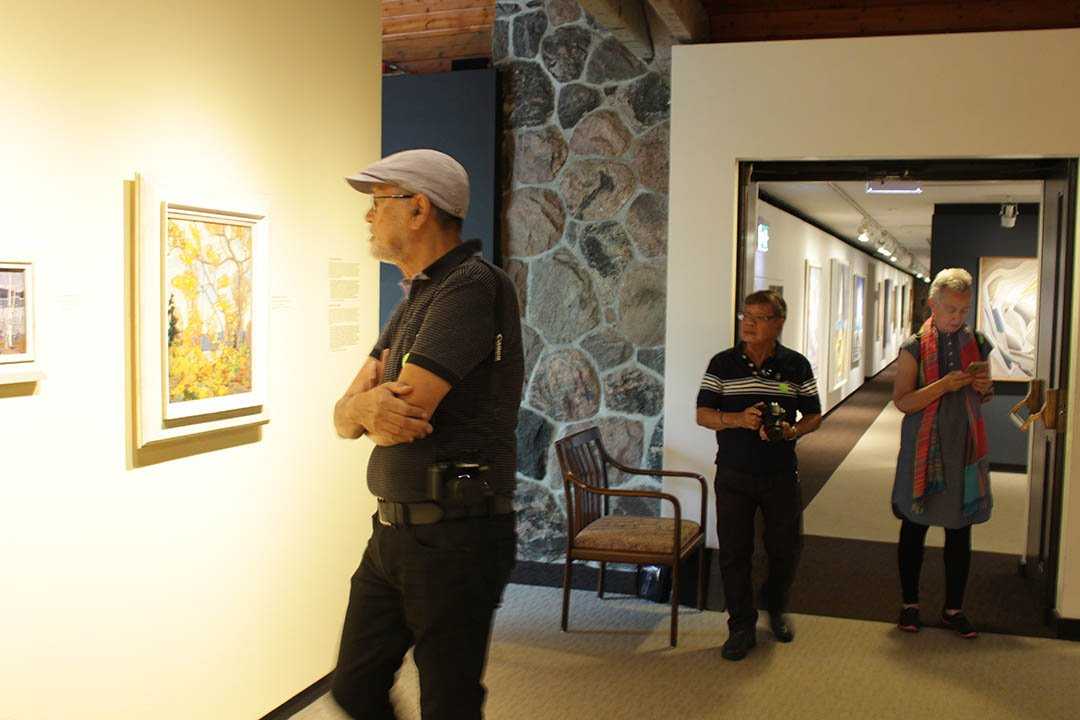 BenCab, Tita Annie and Romi in McMichael gallery